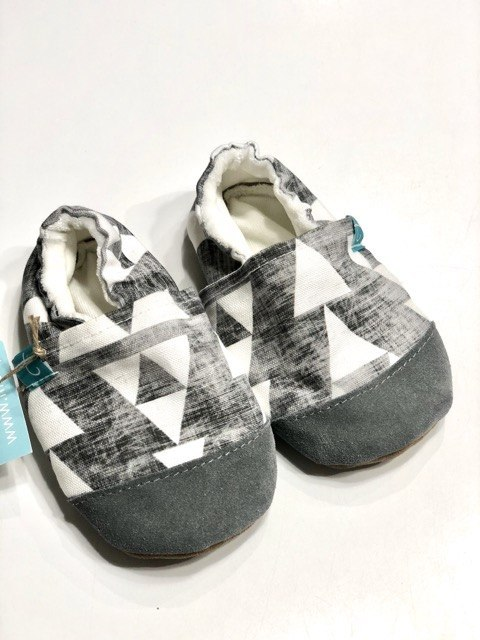 TITOT Kapcie Grey Triangles